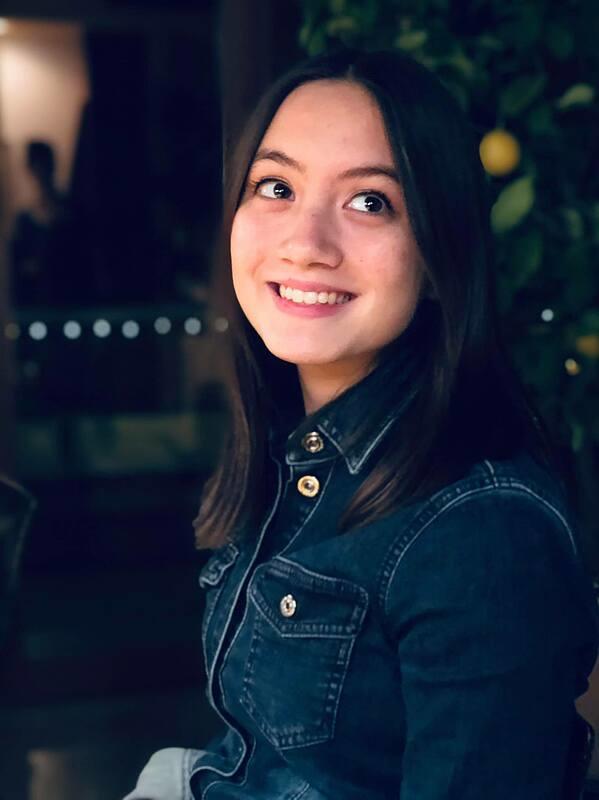 Con gái lai Italy của Kim Ngân Người đàn bà yếu đuối - 2