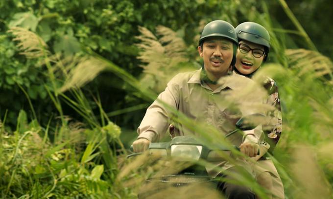 Trấn Thành - Lê Giang đóng vai cặp đôi tuổi xế chiều trong phim Bố già.
