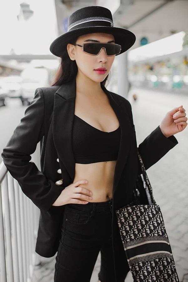 Vóc dáng bạn gái sexy của Tiến Linh - 7