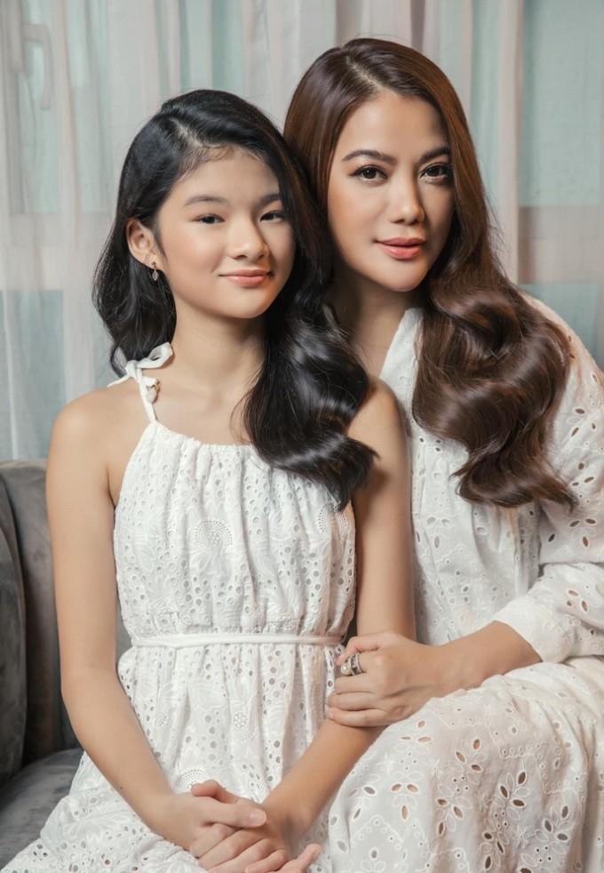 Con gái Trương Ngọc Ánh xinh đẹp từ bé đến lớn - 7