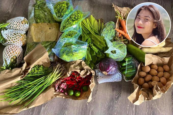 Thơm, khoai tây, rau cải xanh, dưa leo, cà rốt... là những món quà mà Thúy Diễm nhận được từ một người bạn. Mấy nay bạn bè khắp nơi giúp đỡ làm tôi thấy cuộc đời thật đẹp giữa lúc nguy nan, nữ diễn viên bày tỏ.