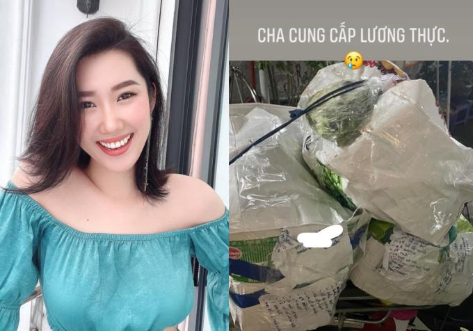 Diễn viên Thúy Ngân xúc động trước món quà của bố từ Tiền Giang gửi lên cho cô. Ông dặn con gái nhớ tự chăm sóc sức khỏe, ăn uống đầy đủ trong thời gian ở nhà tránh dịch.