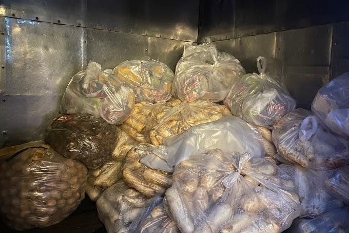 Tất cả rau củ được đóng gói riêng giúp thuận tiện vận chuyển và bảo quản sử dụng.