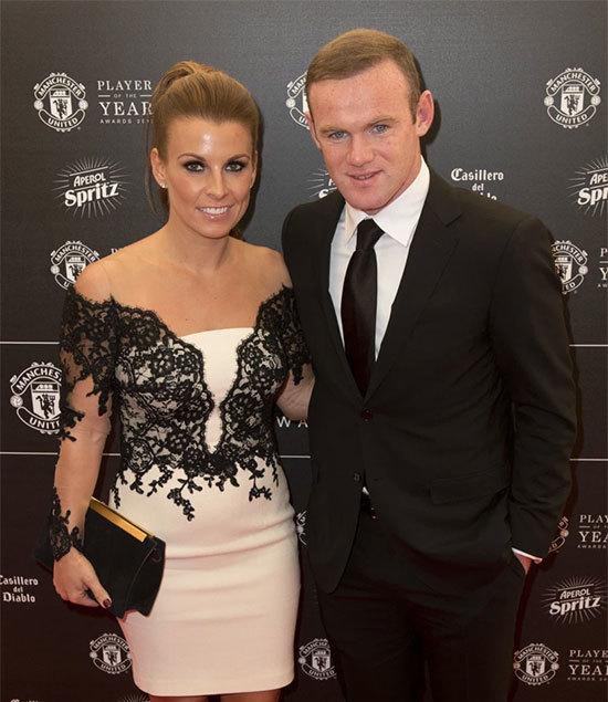 Rooney nhiều lần khiến bà xã Coleen đau khổ, bẽ bàng vì những scandal liên quan tới rượu và gái. Ảnh: AFP.