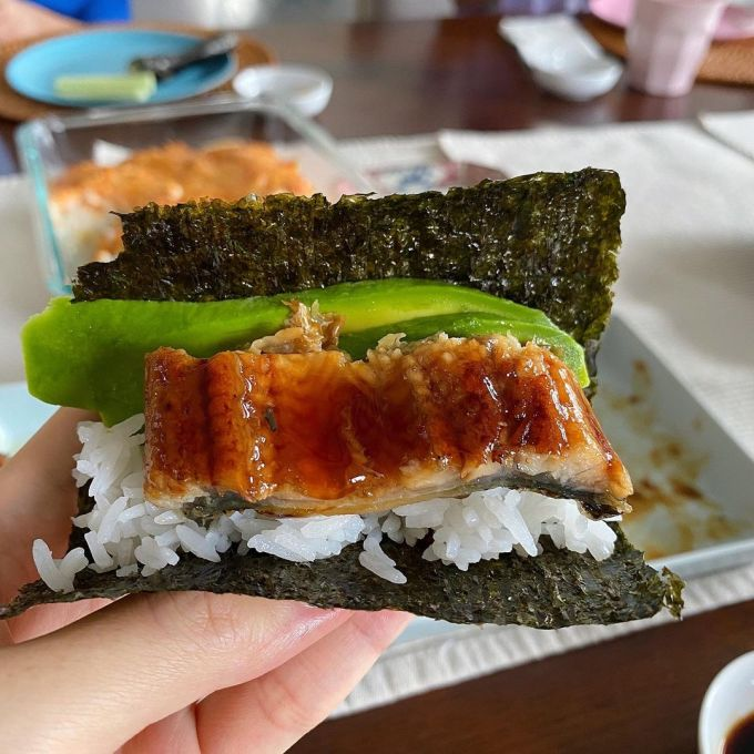 Hà Tăng sắm dụng cụ làm món Nhật như đầu bếp xịn - 2