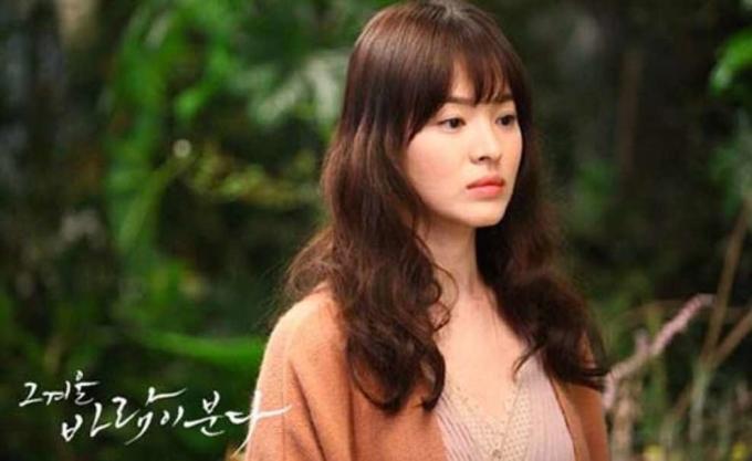 Song Hye Kyo trong phim Ngọn gió đông năm ấy.