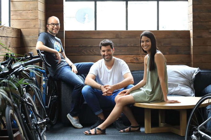 Ba nhà đồng sáng lập Canva (từ trái sang) Cameron Adams, Cliff Obrecht và Melanie Perkins. Ảnh: Canva