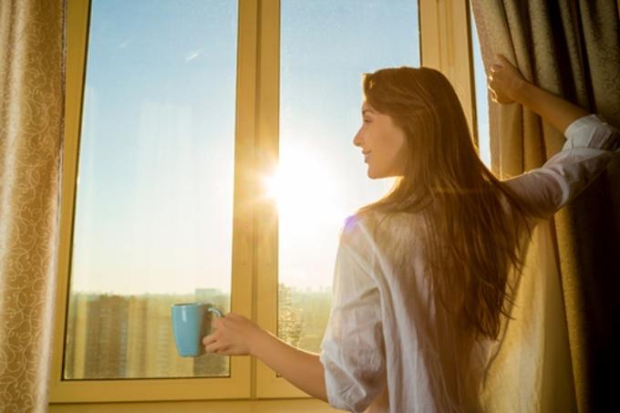 Phơi nắng giúp đốt cháy chất béo trong cơ thể.